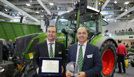 """El Fendt 313 Vario gana el """"Tractor del año 2019"""" en la categoría """"Best Utility"""" en EIMA"""