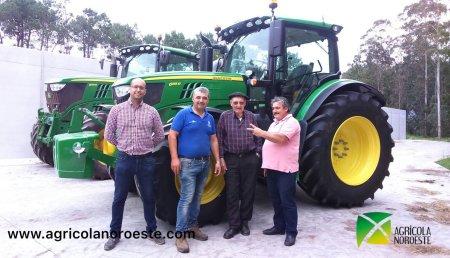Agricola Noroeste entrega John deere 6155R autopower de Granxa Riveiro de Magro (Vimianzo)