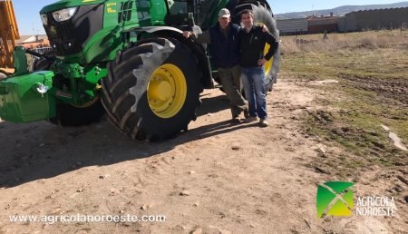 Agrícola Noroeste Entrega john Deere  6175R a Perfectos Jiménez