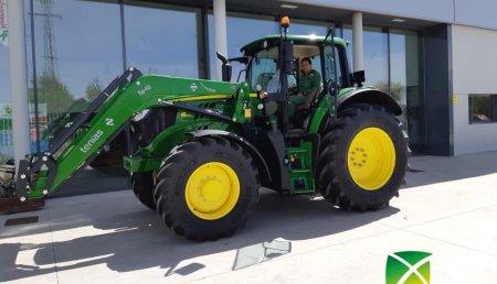 Agrícola Noroeste entrega John Deere 6155M a Hnos Panero