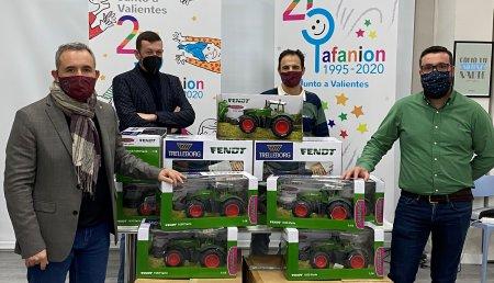 Trelleborg, AFANION y Rasiga iluminan la Navidad a niños y adolescentes enfermos de cáncer en Castilla-La Mancha
